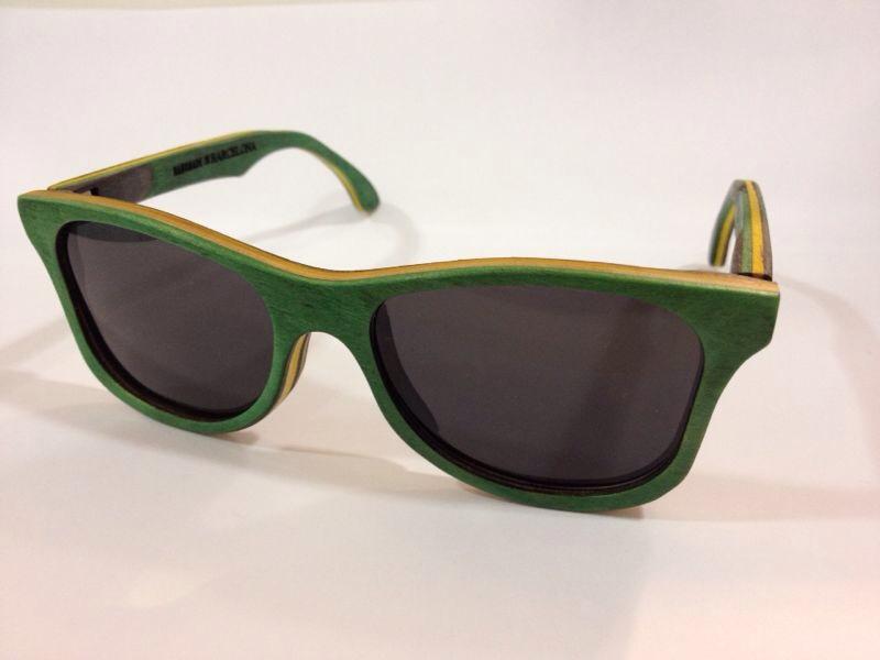 Gafas de sol de madera verde de Palens modelo waldy skate bobby